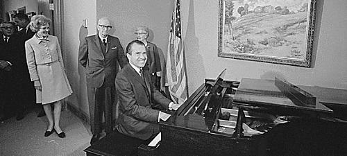 Nixon Truman piano