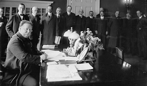 Taft at Desk